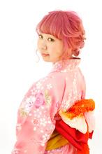 ピンクであわせた浴衣スタイル|B2C梅田のヘアスタイル