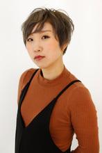 透明感のあるハイトーンショート|B2C梅田のヘアスタイル