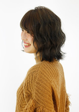 暗くても透明感のあるアッシュグレーでオシャレに B2C梅田のヘアスタイル
