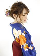 ローシニヨンで大人っぽくまとめたふわふわアレンジ|B2C梅田のヘアスタイル