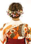 人気のドライフラワーで華やかに 柔らかな質感がかわいいまとめ髪