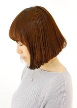 ボブで広がるクセ毛をまとまりよく|B2C梅田のヘアスタイル