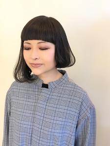 目を惹くアシメスタイル|B2C梅田のヘアスタイル