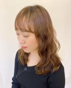 かかりにくい軟毛、直毛でも弱酸性デジタルパーマで ふわふわしたウェーブパーマに |B2C梅田のヘアスタイル