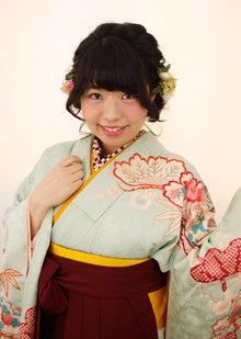 卒業式・袴着付けとヘアセットおまかせください|Raffine 三宮のヘアスタイル