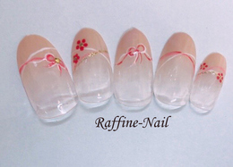 ピンクベージュのフレンチに和柄で可愛くデザインネイル|Raffine 三宮のネイル