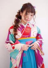 人気の編みおろしヘアアレンジ|Raffine 三宮のヘアスタイル