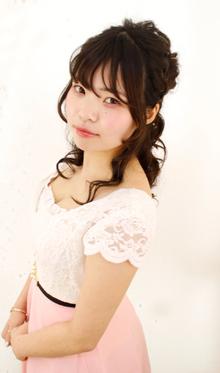 リボンとくりくりな巻きがベストマッチ☆|Raffine 三宮のヘアスタイル