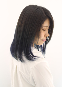 緑になりやすいブルーも綺麗な発色長持ちカラー
