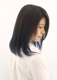 緑になりやすいブルーも綺麗な発色長持ちカラー|Raffine 三宮のヘアスタイル