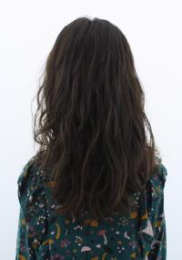 キッズのサラサラで軟らかい、パーマがかかりにくい髪には弱酸性デジタルパーマで可愛いふんわりウェーブ