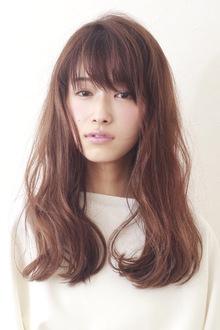 ヨンア風 ナチュラル ロング|BiBi のヘアスタイル
