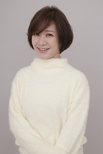 横顔美人ショート|BiBi のヘアスタイル