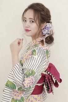浴衣にも合う♡ゆる編みおろしアレンジ|BiBi のヘアスタイル