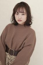 【冬トレンド】ワンカールでできるレイヤーボブ|BiBi  佐川 友里のヘアスタイル