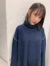 ホワイトグレーインナーカラー|blue faces 表参道のヘアスタイル