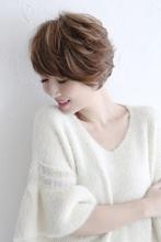 ショートのサイドシルエット|Blume COSTA 石澤 絢子のヘアスタイル