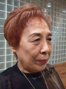 和漢カラーで、白髪もおしゃれなクリアカラーに!|Buzz salon for hair   のヘアスタイル