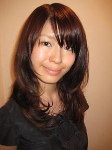 かる〜く毛先に動きを。|Buzz salon for hair   のヘアスタイル