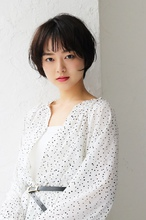 ほつれアンニュイショートヘア|CARE KOBE 福岡 慶子のヘアスタイル