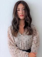 ポイントハイライト|CARE KOBE 藤田 光のヘアスタイル