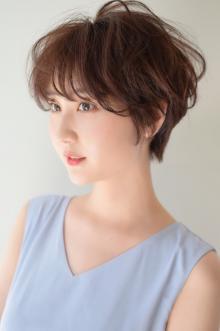 フワッとナチュラルショートヘア|CARE KOBEのヘアスタイル