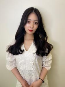 本場韓国女優スタイル|CARE KOBEのヘアスタイル