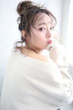 お団子ヘアアレンジ☆大人可愛い☆結婚式☆お呼ばれ☆二次会ヘア|CARE SHINSAIBASHIのヘアスタイル