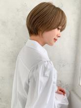 大人かわいい丸みショート|CARE SHINSAIBASHIのヘアスタイル