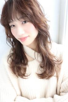 ウルフレイヤーロング|CARE SHINSAIBASHIのヘアスタイル