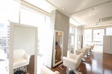 CARE UMEDA  | ケア ウメダ 大阪・梅田の美容室 のイメージ