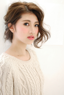 【CARE】クシャふわルーズアップ|CARE UMEDAのヘアスタイル