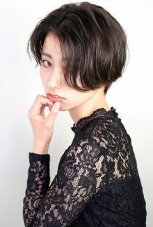 モダンクラシックモードボブ|CARE UMEDAのヘアスタイル