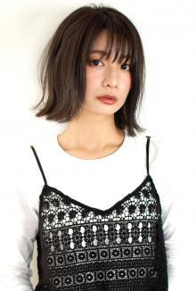 シースルーバング暗髪カジュアルモードボブ|CARE UMEDAのヘアスタイル