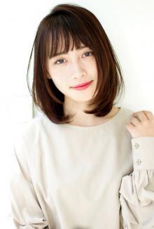 ひし形シルエットミディアムレイヤー|CARE UMEDAのヘアスタイル