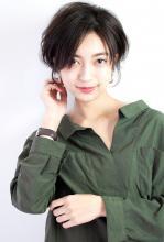 大人綺麗なショート CARE UMEDA 徳田 圭吾のヘアスタイル