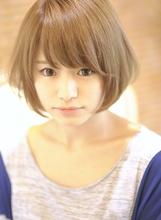 外国人風ポップショート|CHANDEUR 栄久屋大通店のヘアスタイル