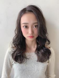 #アッシュグレー #暗めでも透けるカラー|CHANDEUR 栄 【個室型サロン】のヘアスタイル