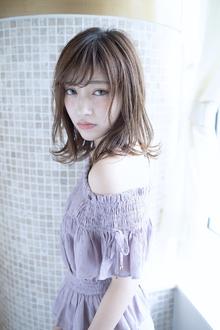 透明感カラーに外ハネセミディ|CHANDEUR 栄 【個室型サロン】のヘアスタイル