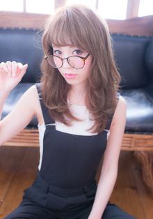 セミロングエアリーカール|CHANDEUR 栄 【個室型サロン】のヘアスタイル