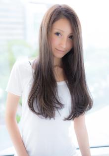 エアリー感の艶髪ワンカール|CHANDEUR 栄 【個室型サロン】のヘアスタイル