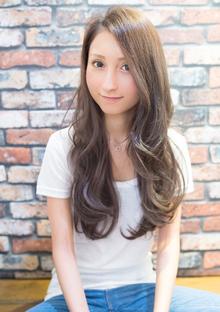 エアリー感の艶髪揺るウェーブ|CHANDEUR 栄 【個室型サロン】のヘアスタイル