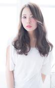 エアリー感の艶髪カールロング