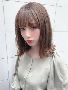 シアーベージュ シースルーぱっつん外ハネロブ|CHANDEUR 栄 【個室型サロン】のヘアスタイル