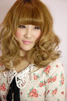 ふんわりリッチカール|美容室 championのヘアスタイル
