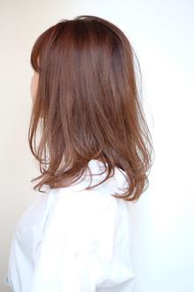 ふんわり×ストレート|quadrille citronnierのヘアスタイル