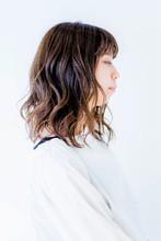 フェミニンウェーブ|quadrille citronnierのヘアスタイル