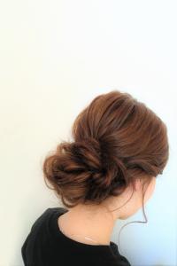 外国人風シニヨン