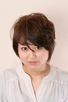 透明感のあるフェミニンショート♪ COTY 宝塚のヘアスタイル