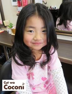 かわいいお子様の巻き髪スタイル!|Cut wa Coconi (交野市美容室・美容院)のヘアスタイル